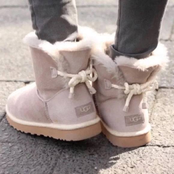 ce1066bbef0 🆕 Authentic UGG gray rope bow boots- Size 9 NWT